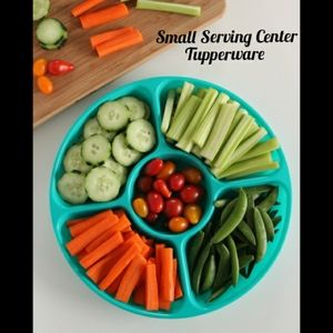 Tupperware Small Serving Center